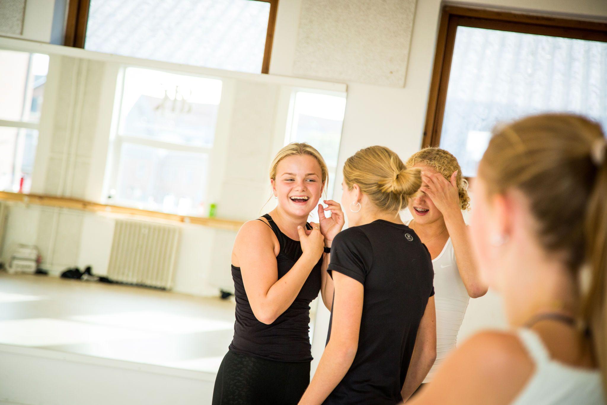 Dansetræning på Halstedhus Efterskole