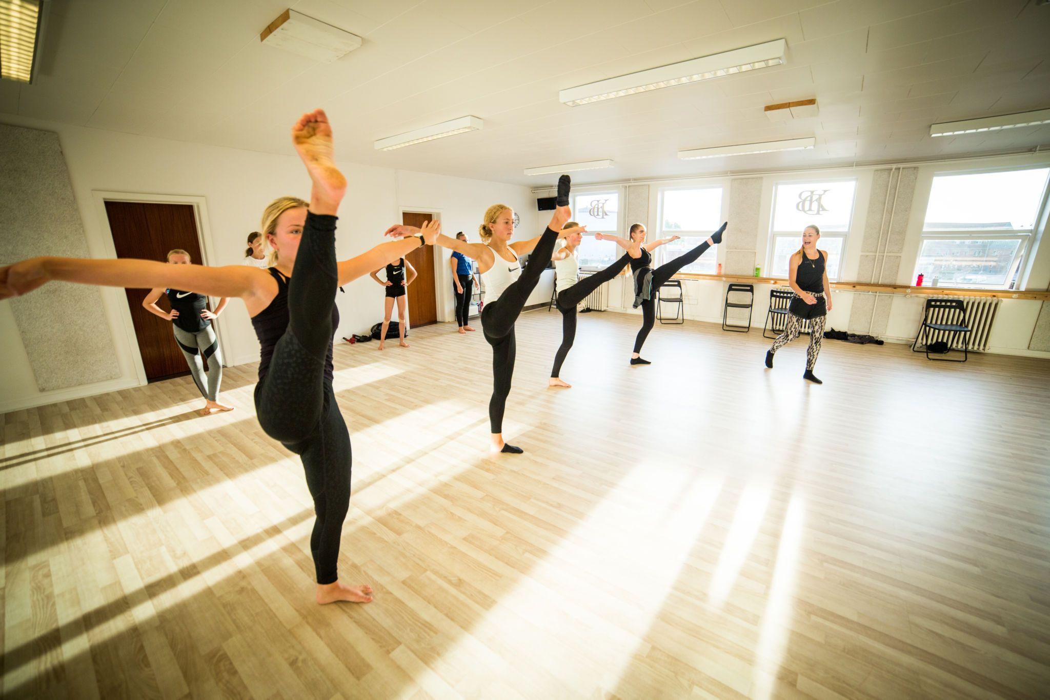 Dans efterskole